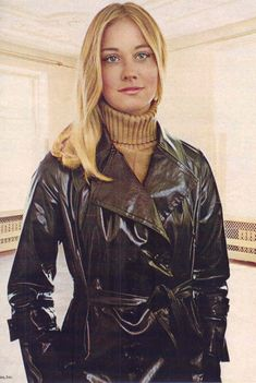 gold country girls: Models From The 70's - Cybill Shepherd