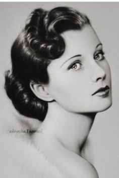 Hollywood Glamour, Classic Hollywood, Old Hollywood, Name That Movie, Vivien Leigh, Draw On Photos, British Actresses, Vintage Art, Vintage Style