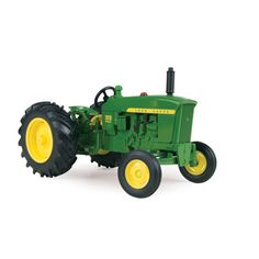 This highly detailed 1/64 John Deere 1010 Special tractor features die cast bodies, die cast wide front axle, die cast seat and authentic graphics. Age Grade: 3+ TBE45293