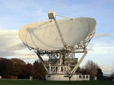 The  Jodrell Bank Mk II telescope completed in 1964 with a dish 125 feet across