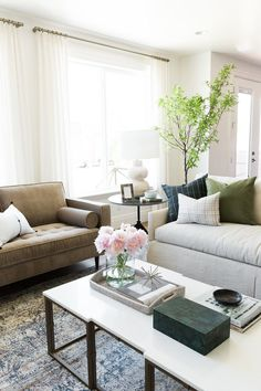 Classic Living Room Decor How Do I Layout My Furniture 455 Best Images Parade Home Reveal Pt 1 Decorcozy Roomsclassic