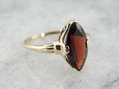 Vintage 1970's Ladies Garnet Cat's Eye Ring in Fine Gold $385