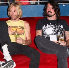 Dave Grohl and Taylor Hawkins