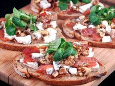 Braised veal with cider, apple celery mousse - Healthy Food Mom Pizza Recipes, Gourmet Recipes, Appetizer Recipes, Appetizers, Healthy Recipes, Tapas, Tartine Recipe, Bruchetta, Vegetable Pizza