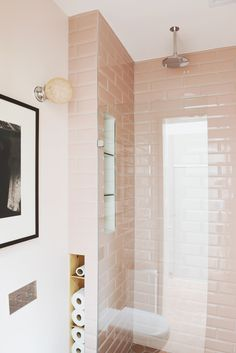 Park St, Princes Hill - HEARTH 粉紅色的浴室--淋浴間