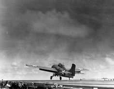 Wildcat took off from Enterprise's flight deck, 18 May 1942 Source United States National Archives Identification Code Added By C. Ww2 Fighter Planes, Airplane Fighter, Ww2 Planes, Fighter Jets, Airplane Pilot, Grumman Aircraft, Navy Aircraft, Ww2 Aircraft, Military Aircraft