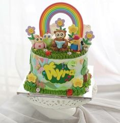 Friend Birthday, 3rd Birthday, Birthday Ideas, Birthday Parties, Friends Cake, Cool Themes, Nursery Rhymes, Themed Cakes, Hana