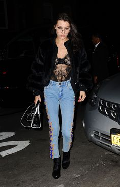 Bella Hadid Out in New York 02/14/2017. Celebrity Fashion and Style | Street Style | Street Fashion