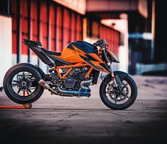 2020 KTM 1290 Super Duke R Guide - Real Time - Diet, Exercise, Fitness, Finance You for Healthy articles ideas Ktm Super Duke, 4k Wallpaper Download, R Wallpaper, Duke Motorcycle, 8k Ultra Hd, Ktm Motorcycles, European Motorcycles, Motorcycle Wallpaper, Ktm Duke