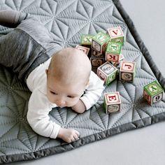 Baby Quilt Signature Grey
