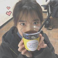 i wish my eyes are big as hers Korean Girl, Asian Girl, Profile Pictures Instagram, Korean Actresses, Ulzzang Girl, Korean Beauty, Kpop Girls, Girl Crushes, New Hair