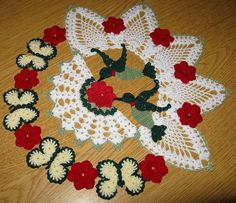 This beautiful crochet doily is done piece by piece and them put together - It has a week's worth of work in it! Hummingbirds, Butterflies, and Roses Doily Crochet Cross, Thread Crochet, Crochet Baby, Knit Crochet, Crochet Tablecloth, Crochet Doilies, Beautiful Crochet, Crochet Projects, Crochet Patterns