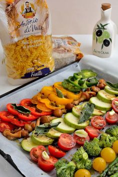 Paste cu legume coapte în cuptor şi aromă de salvie   Bucate Aromate