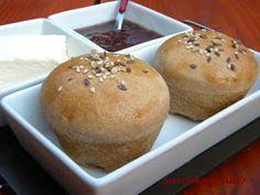 Sarokkonyha: Reggeli zsemle muffin formában sütve