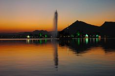 Udaipur Two Days Tour. Looking for 2 Days udaipur city tour, then we have some attractive udaipur city tour packages. Book Now Udaipur City Tour. Udaipur India, Once In A Lifetime, India Travel, Lake City, Day Tours, Cool Places To Visit, Tourism, Honeymoon Planning, Wedding Planning
