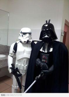 hahah i love Star Wars Star Wars Meme, Star Wars Clone Wars, Vader Star Wars, Darth Vader, Star Wars Boba Fett, Star Wars Art, Star Trek, Science Fiction Kunst, Whatsapp Tricks