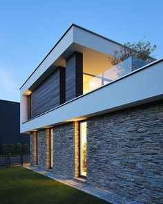 Detached house swimming pool flat roof stone facade panoramic window roof terrace f Facade Architecture, Residential Architecture, Sustainable Architecture, Contemporary Architecture, Stone Facade, Design Exterior, Flat Roof, Pool Houses, Modern House Design
