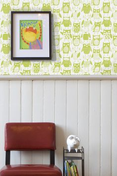 Fly away with this modern and funky owls wallpaper. Who wouldn't want to hang out with these friendly green apple coloured birds? Owl Wallpaper, Apple Coloring, Designer Wallpaper, Beautiful Birds, Owls, Entryway, Interior, Furniture, Home Decor