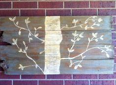 Reclaimed Wood Wall Art. Anyone can make this! www.inspiringhomestyle.com