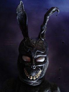 Donnie Darko Mask, Donnie Darko Rabbit, Donnie Darko Tattoo, Monster Mask, Monster Squad, Halloween Makeup Artist, Creepy Tattoos, Hippie Wallpaper, Rabbit Art