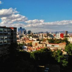 Shared by manuel.umx #landscape #contratahotel (o) http://ift.tt/1RPSEgj nunca se acabe nada de lo nuestro... #CDMX #CiudaddeMexico #MexicoCity #DF  #paisajedf #mextagram #mexigers #sens_df #Mexico #bluesky #city #clouds #mountains #Fotodeldia #huntgram #photoofday #life #vida #paisajes #love #peace #tranquility #solitude #lavieestbelle #viento #wind