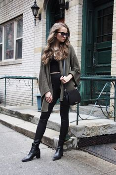 25 Bloggers In Leather Leggings Outfits   StyleCaster