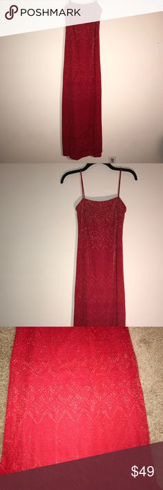 Red long vintage dress Very beautiful detailed dress Light rhinestones in the top Rampage Dresses Maxi