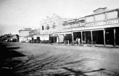 Horsham in Victoria in Main Street, Street View, Melbourne Suburbs, Horsham, Melbourne Victoria, Back In The Day, Old Photos, Past, Australia