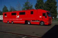 Image IPB Big Rig Trucks, Old Trucks, Car Covers, Car And Driver, Fiat, Motorhome, Formula 1, Recreational Vehicles, Race Cars