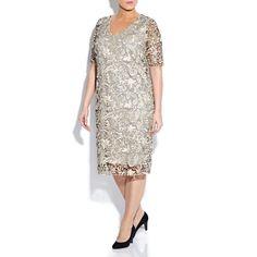 Lace plus size dress #plussizedresses #curvygirls #beigeplus