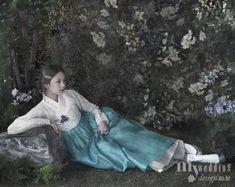 hanbok, Korean traditional clothes. 황희 우리옷