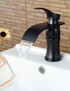 Centerset Single Handle One Hole in Oil-rubbed Bronze Bathroom Sink ...