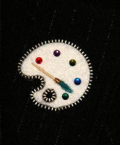 Palette cerniera progettista originale e sentito spilla realizzati a mano con strass Swarovski