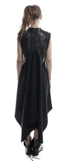 Pointed linen dress