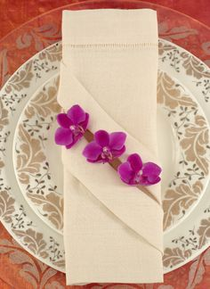 Spring Wedding Floral Place Settings   Inspirations from The Preston Bailey Design Team