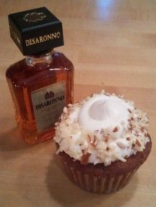 amaretto 'caketails' (cupcake + cocktail!)