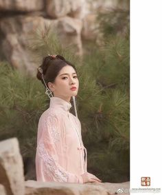 Chinese Traditional Costume, Traditional Outfits, Purple Outfits, Asian History, Chinese Clothing, Asia Girl, Chinese Culture, Hanfu, Chinese Style