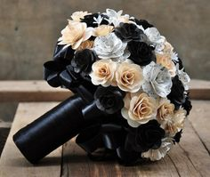 Roses made from song sheets | Black White and Music Sheet Flowers Bouquet