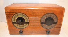 SUPER ART DECO WILCOX GAY RADIO RECEIVER