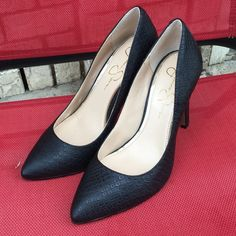 """Jessica Simpson """"Veronica"""" heels Good condition!! Size 7M. 4"""" heel. These are black. Jessica Simpson Shoes Heels"""