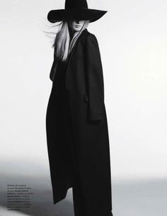 Julia   Julia Nobis   Anthony Maule #photography   Numéro 139 December/January 2012/13, black and white, witchy