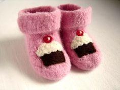 Pink Cupcake Booties. Pink Cupcakes, Birthday Cupcakes, Chocolate Cupcakes, Felt Booties, Ankle Booties, Cupcake Tattoos, Cupcake Queen, Crochet Cozy, Baby Mine