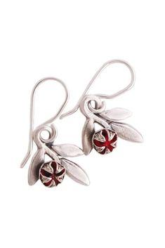 Red Mānuka earrings Handmade Native Flowers New Zealand Bush. NZ Made Sterling Silver contemporary nz designer jewellery. Manuka Tree, Jewellery Nz, Small White Flowers, Sterling Silver Flowers, Silver Earrings, Heart Ring, Cufflinks, Handmade Jewelry, Red