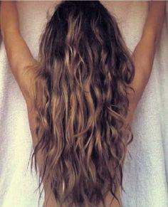 Long Wavey Blonde Hair