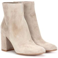 Gianvito Rossi Exclusive to mytheresa.com – Rolling 85 Suede Ankle... (£735) ❤ liked on Polyvore featuring shoes, boots, ankle booties, heels, beige, beige suede boots, suede ankle booties, short boots, suede boots and bootie boots