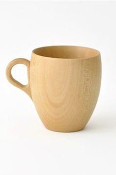 Mug en tilleuil japonais dessiné par Rina Oro