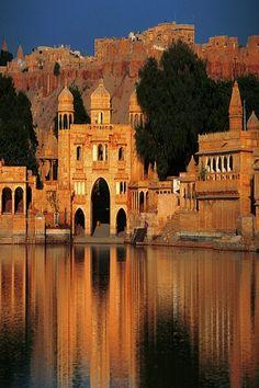 Gadi Sagar Temple in Rajasthan