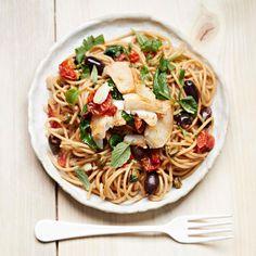 Kuha-pinaattispagetti | Kala, Arjen nopeat, Pastat ja risotot | Soppa365 Pesto, Risotto, Chili, Spaghetti, Ethnic Recipes, Food, Chile, Essen, Meals