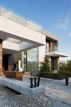 House in Pestovo by Aleksandra Fedorova