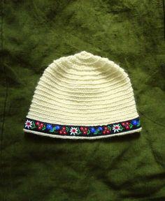 Viking White Wool Hat / Edelweiss Embroidery Trim Ribbon / Nalbinding Knit Crochet / Dale of Norway Wool / Handmade Bavarian Pagan Folk www.etsy.com/shop/CroneYhrmCrafts